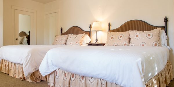 Double Queen room at the Upham Hotel
